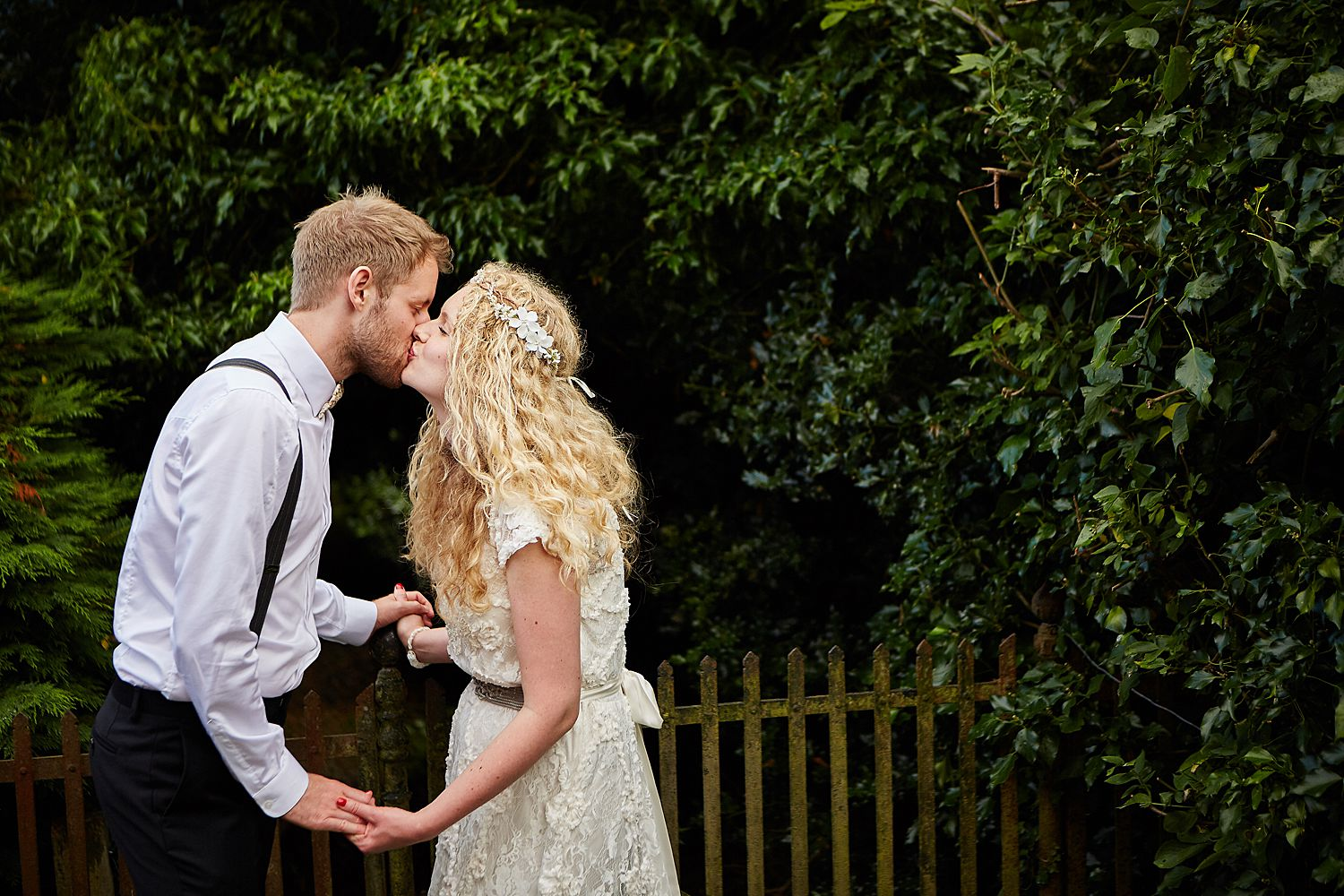Wedding day kiss Spilsby